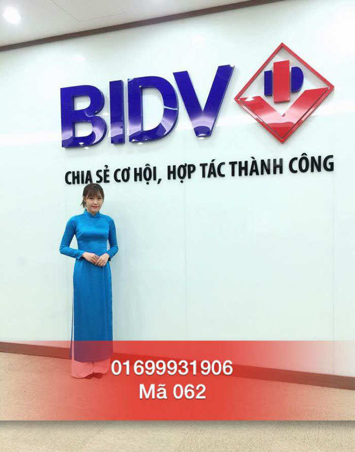 PG sự kiện Nguyễn Hoài Linh