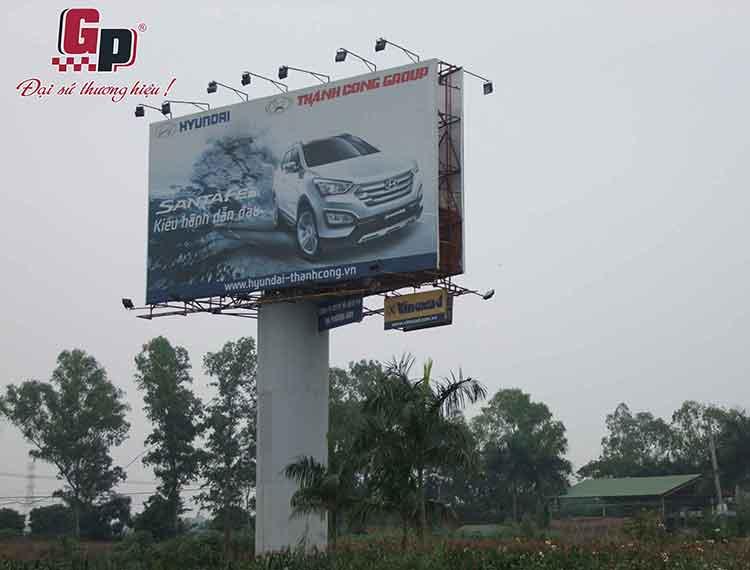biển quảng cáo cỡ lớn