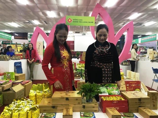 Gia Phạm tổ chức thành công Hội chợ làng nghề Việt Nam năm 2017