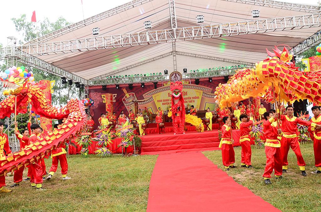 Lễ hội vinh danh làng nghề Cỏ Tế truyền thống Xã Phú Túc, Huyện Phú Xuyên lần thứ nhất năm 2016