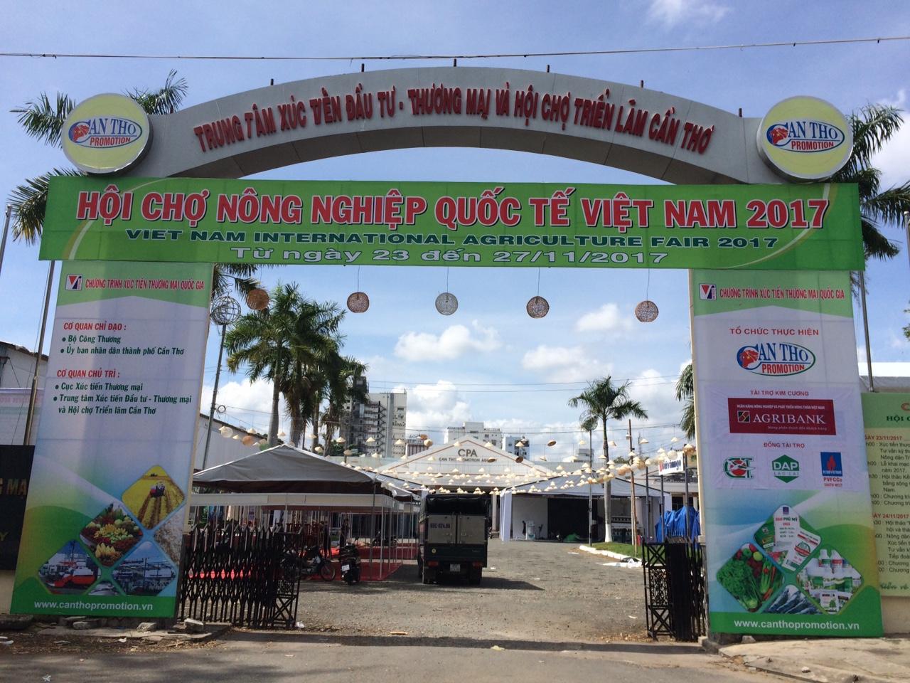 Thiết kế, thi công, trang trí không gian triển lãm tại Hội chợ nông nghiệp Quốc tế Việt Nam.