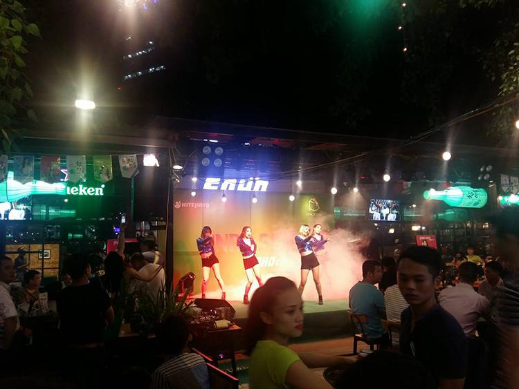 Tổ chức thành công chương trình Jinro Soju Party Tại Soho Garden