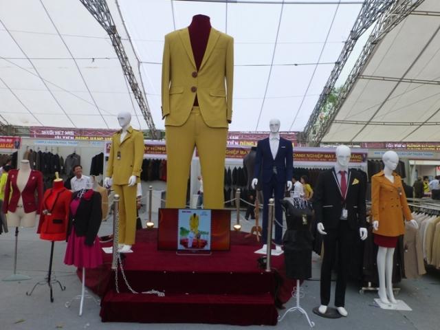 Lễ hội Vinh danh làng nghề được tổ chức để tri ân những nghệ nhân và để quảng bá thương hiệu.