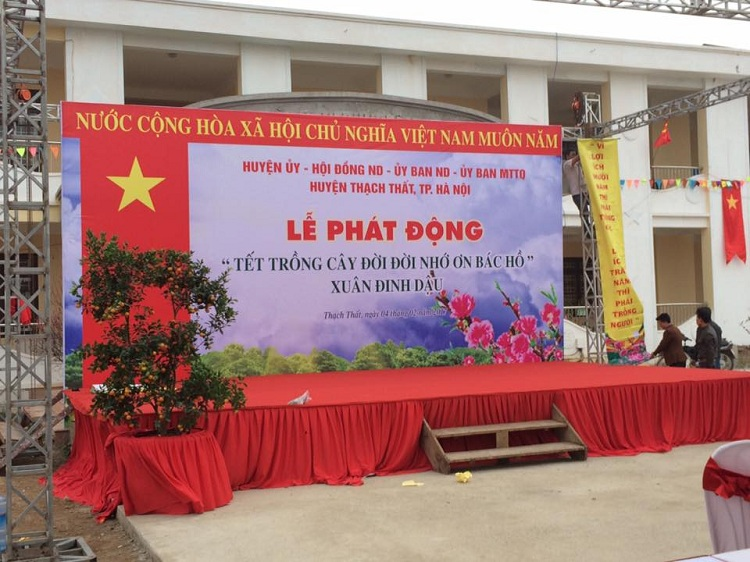 le phat dong tet trong cay