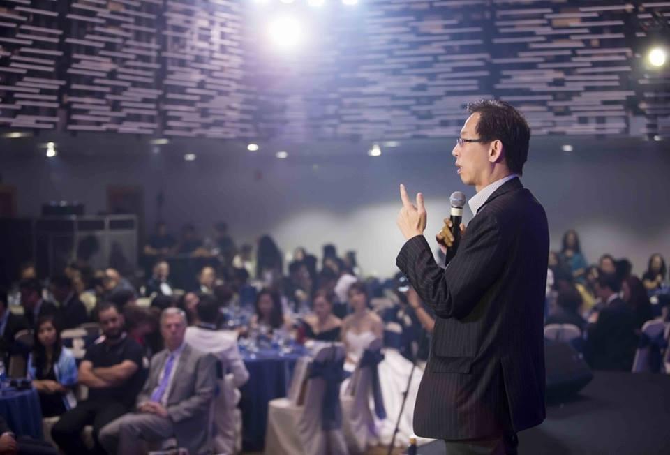 Tổ chức hội nghị khách hàng: Khái niệm và ý ...